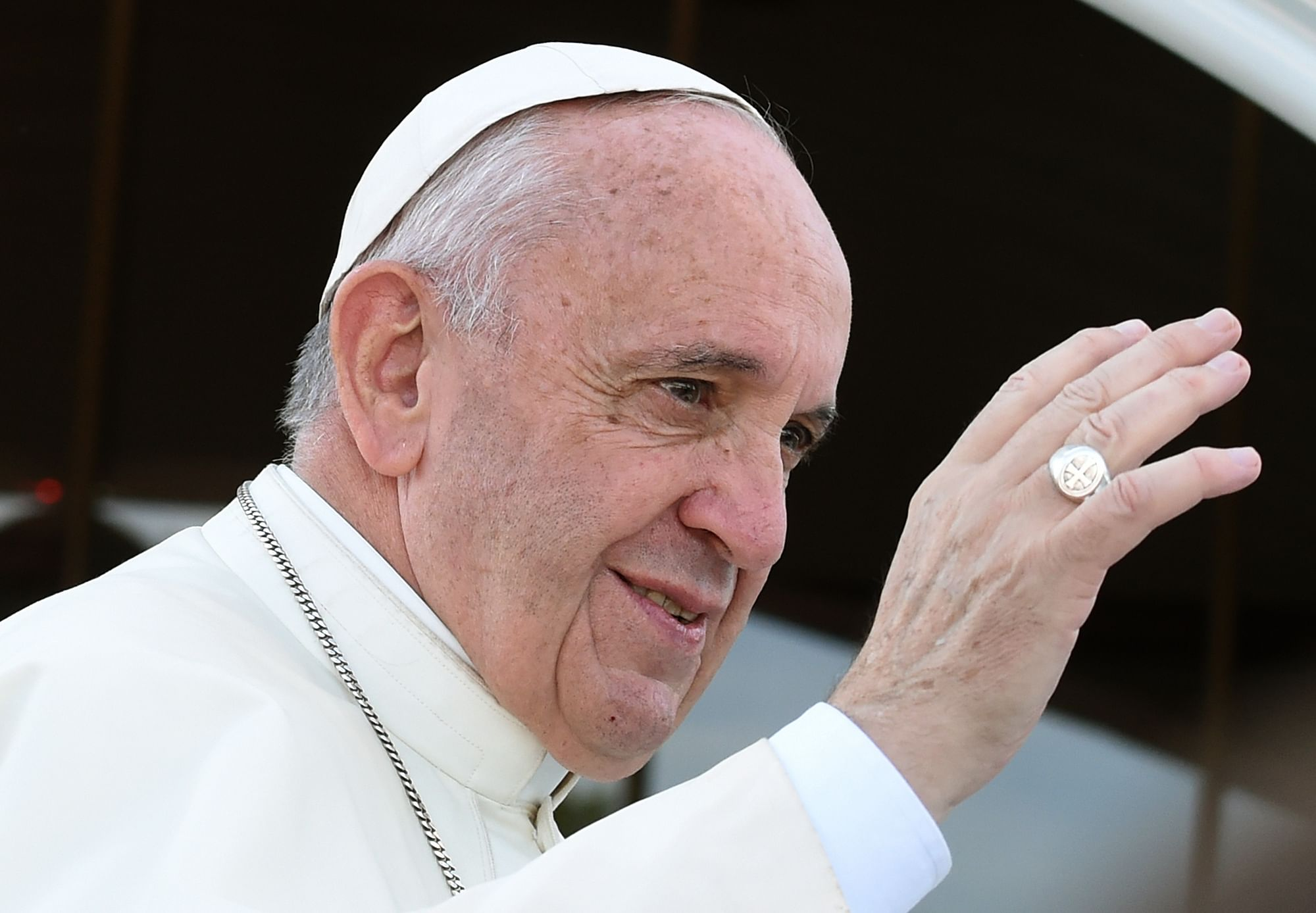 Pope apologises for 'sins' in Rwanda