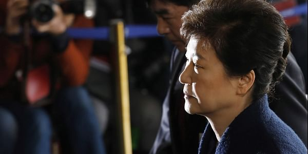 South Korea's ousted leader Park Geun-hye arrives at the prosecutor's office in Seoul, Mar 21, 2017 (Photo | AP)