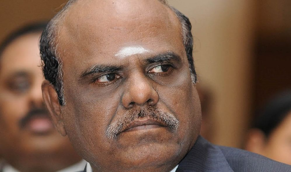 Karnan directs SC judges to appear before him