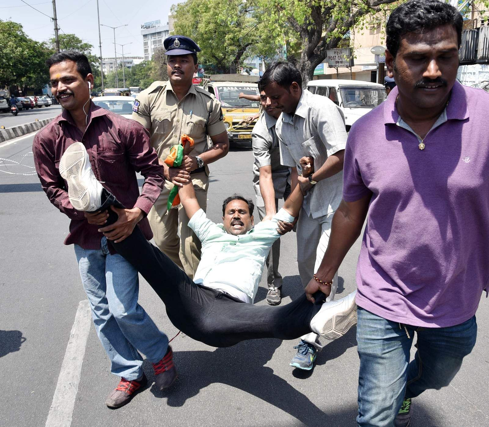 Security has been tightened on all roads leading to the assembly building to foil any march by the protestors. (EPS | Satish Babu)