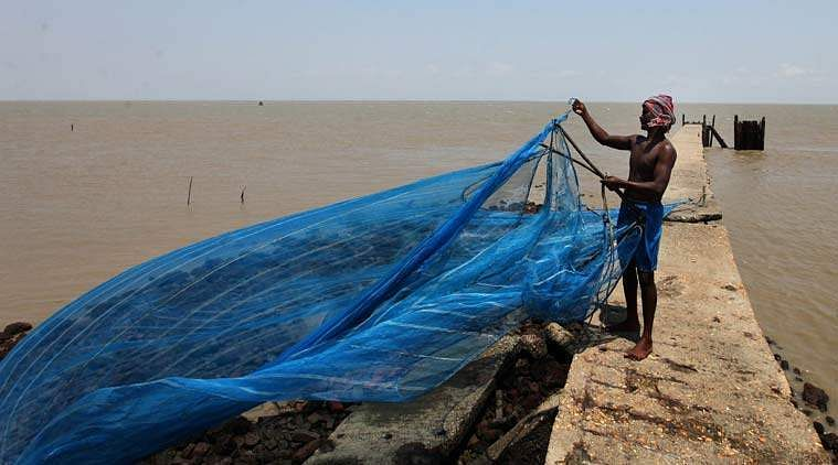 Pak. detains 100 Indian fishermen