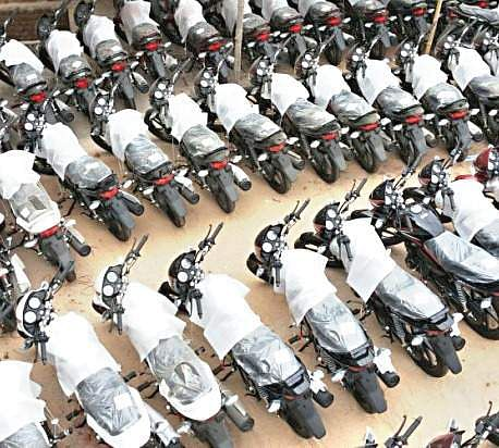 Bike Sales Go Up In Patna As Companies Offer Heavy Discounts After