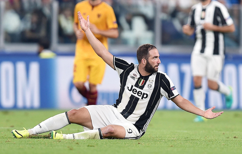 Napoli preparing hostile reception for Gonzalo Higuain in Serie A