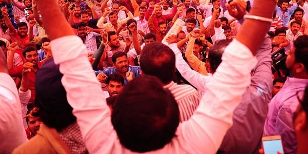 Hundreds of Ola and Uber drivers take part in an indefinite fast at Freedom Park.| NAGESH POLALI