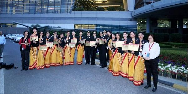 The crew of the flight which made the feat (Photo | facebook.com/AirIndia)