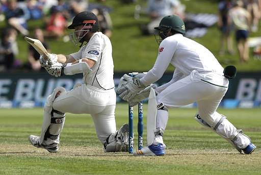 1st Test: Latham goes cheaply as New Zealand chase 308