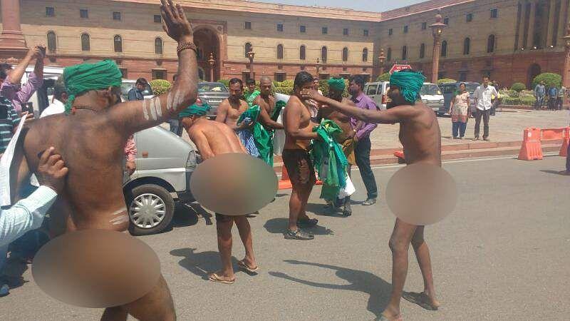 http://images.newindianexpress.com/uploads/user/imagelibrary/2017/4/10/original/farmer-naked-strike-2-eps.jpg