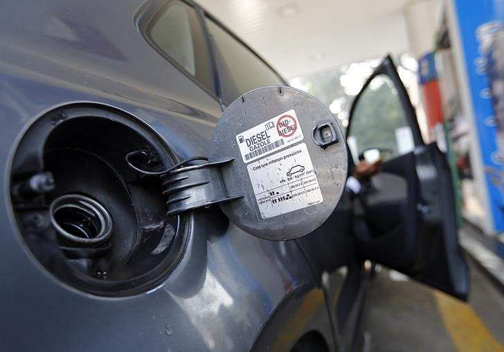 Fuel prices to be revised daily in 5 cities from May 1