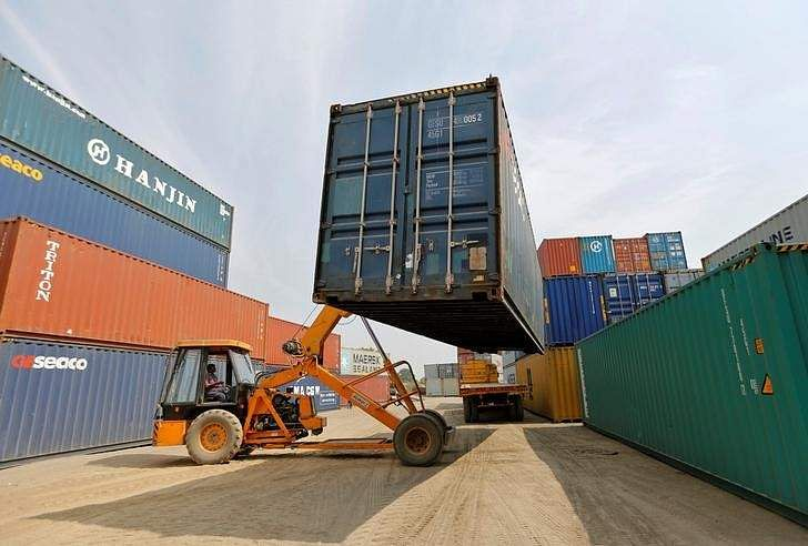 Exports jumps 27.6% in Mar;trade deficit swells to United States dollars 10.4 bn