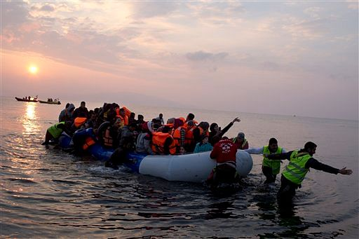 Almost 9000 migrants rescued over weekend: United Nations agency