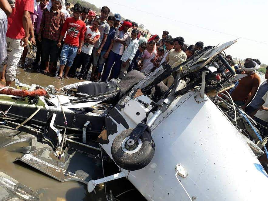 Two pilots killed in plane crash in Gondia