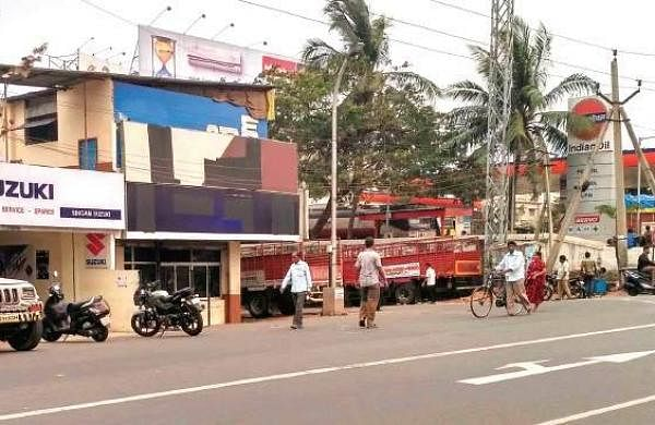 A bar on the national highway-16 near Isakathota in Visakhapatnam | Express