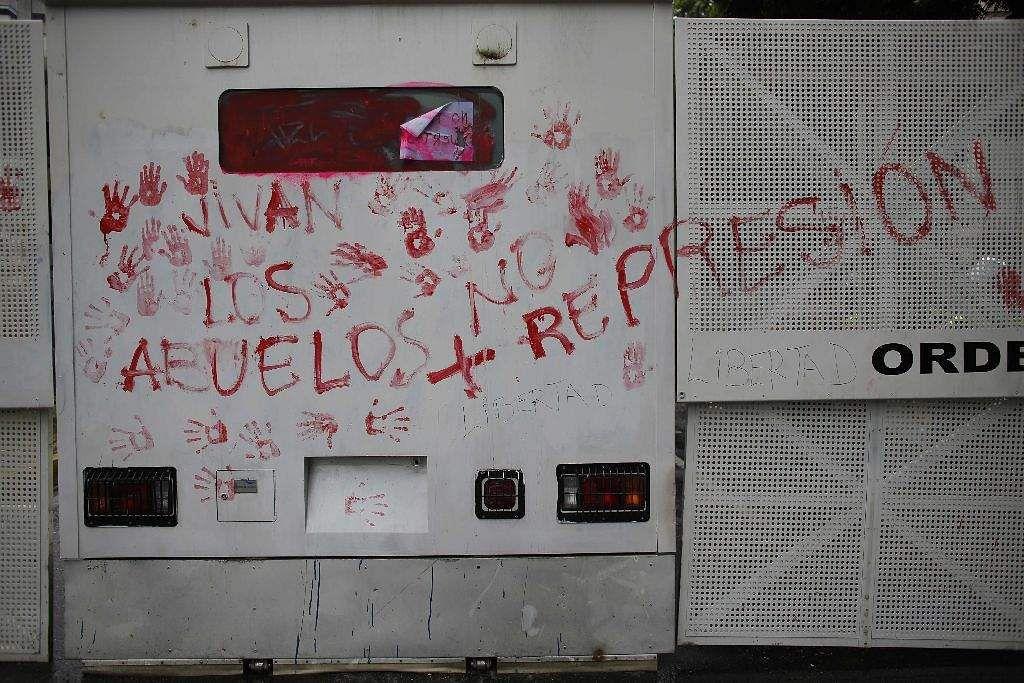 Venezuela_protest_march_AP_(6)