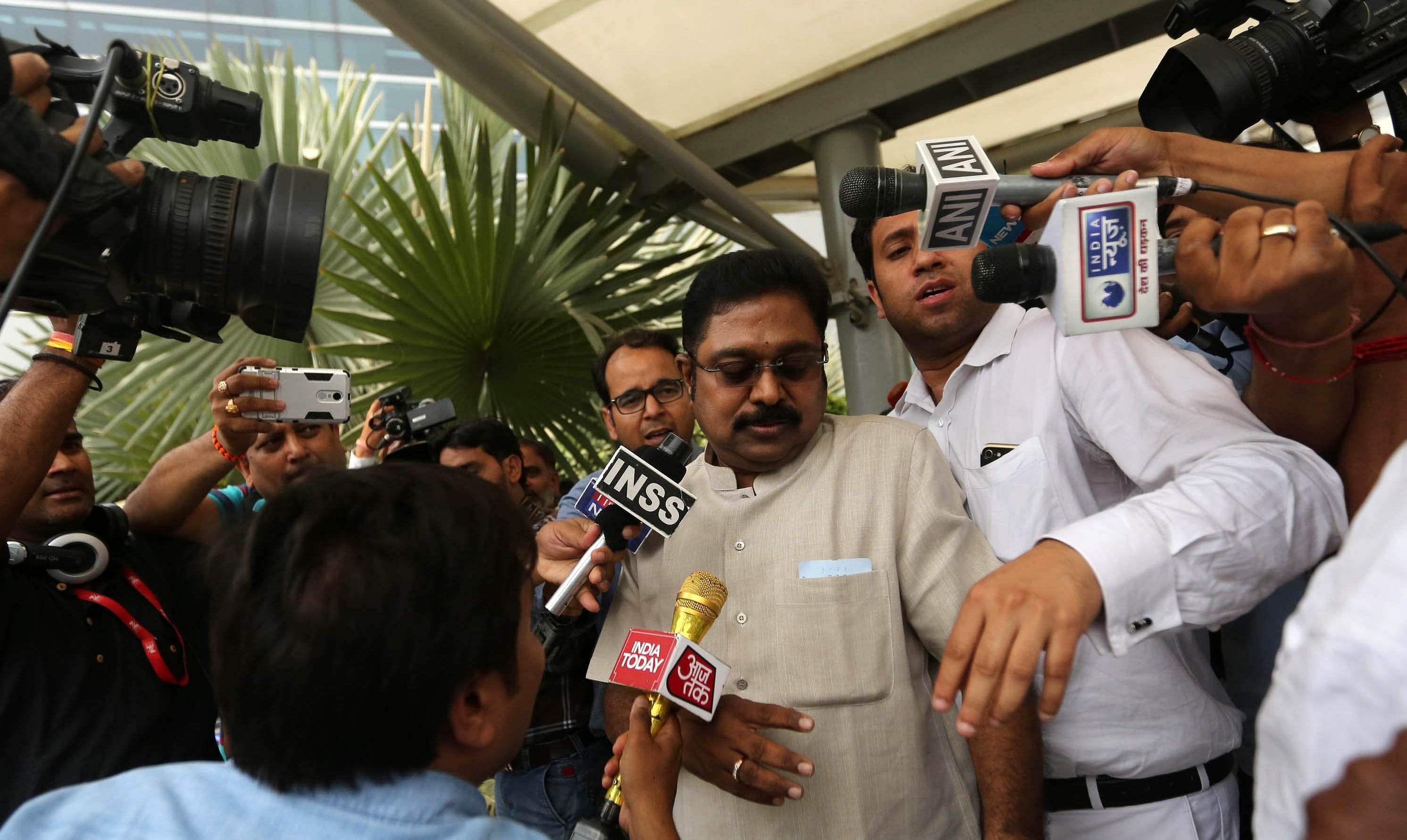Delhi court grants bail to TTV Dhinakaran in EC bribery case