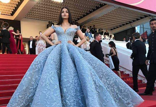 Aishwarya Rai Bachchan justifies her infamous purple lipstick at Cannes 2016
