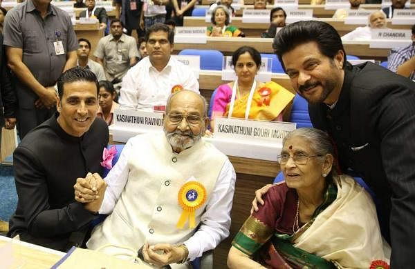 Akshay Kumar with Dadasaheb Phalke award winner K Viswanath his wife and Anil Kapoor at the National Film awards function in New Delhi on Wednesday. (EPS|Shekhar Yadav)
