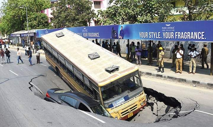 Chennai road cave-in continues, after Anna Salai new crater in Kilpauk