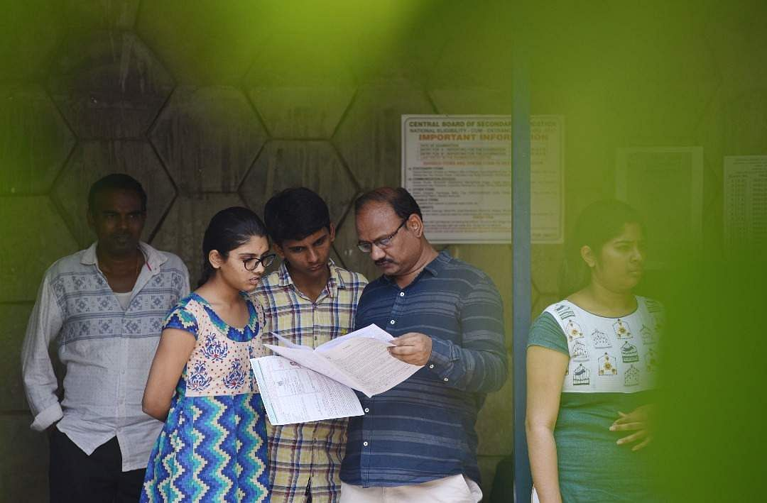 4 teachers suspended for NEET dress code excesses