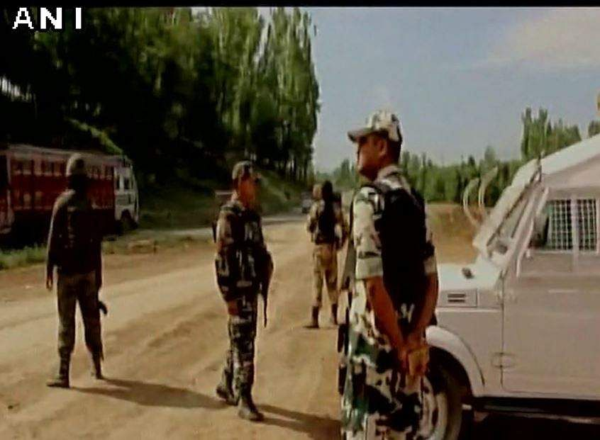 One civilian injured in cross-fire between terrorists, ITBP in Qazigund