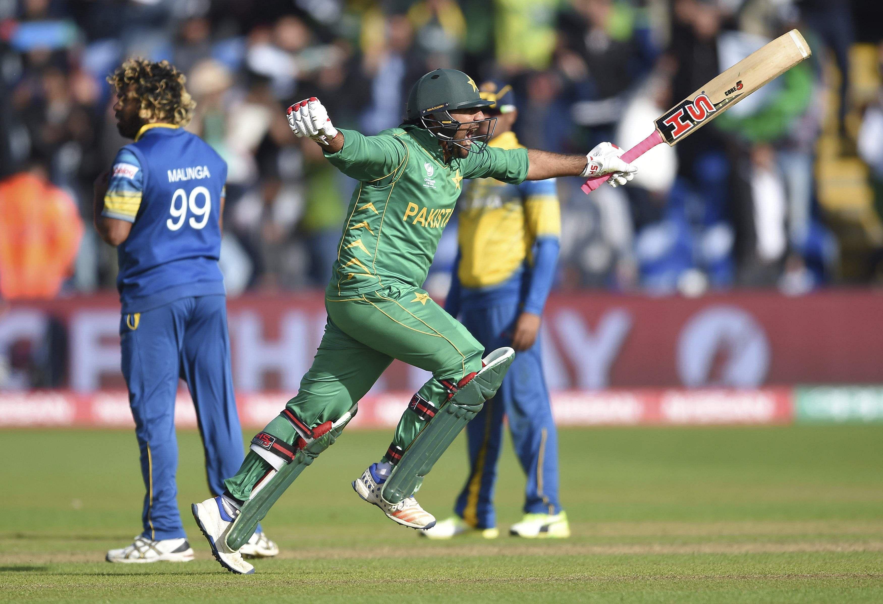 Pakistan-AP
