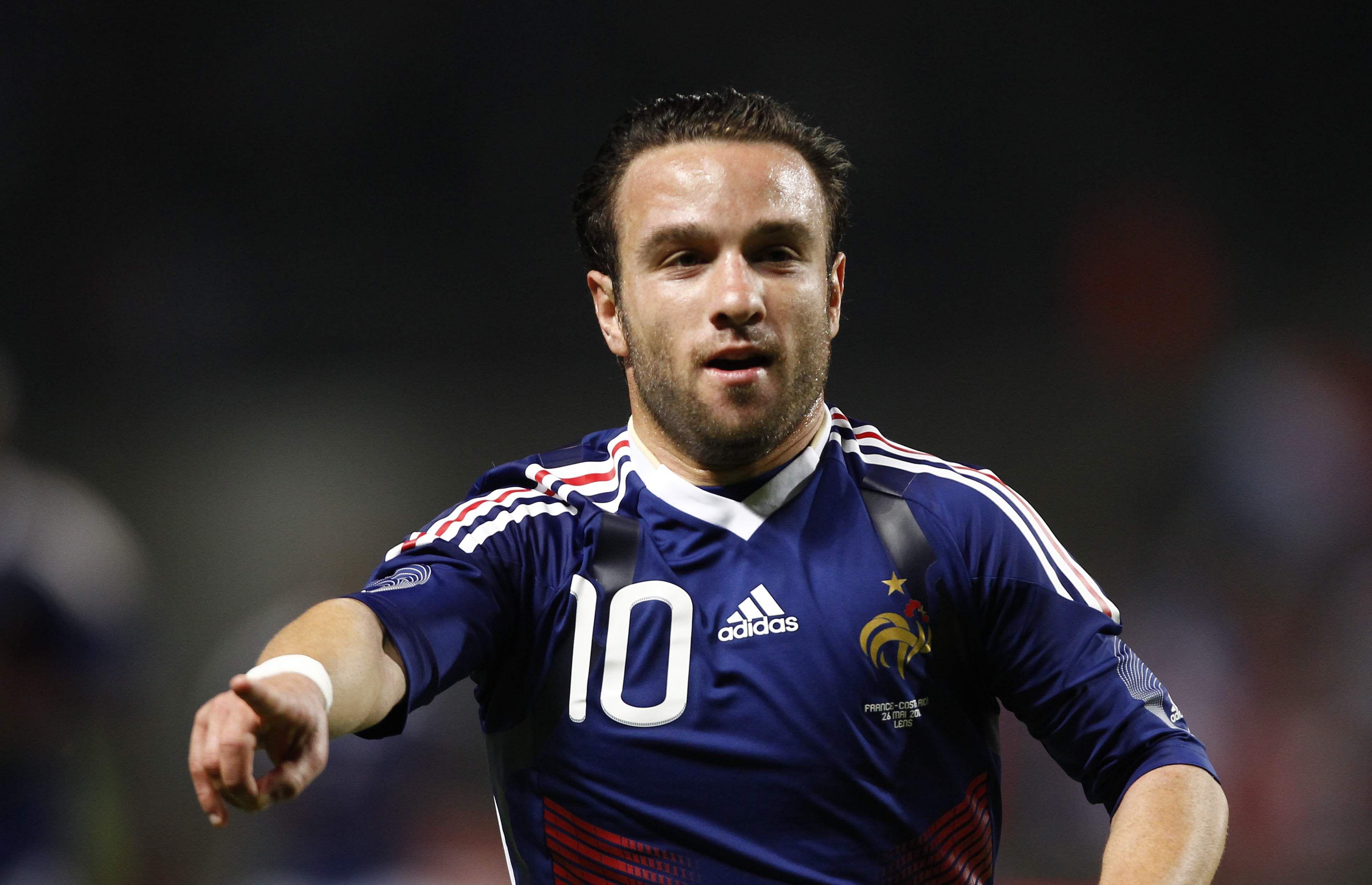 Lyon confirm tape victim Mathieu Valbuena s Fenerbahce