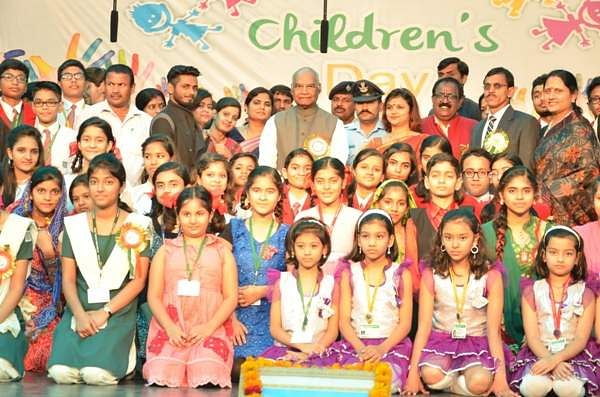 Hon'ble Governor of Bihar Shri Ram Nath Kovind On the occasion of Children Day at Raj Bhavan, Patna, on November 14, 2016.