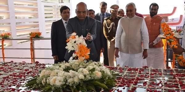 Governor of Bihar Shri Ram Nath Kovind paid floral tribute to Dr. Rajendra Prasad on his death Aniiversary on February 28, 2017.