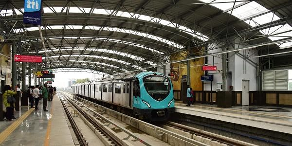 There are 22 stations on the Kochi Metro route starting from Aluva, a town near the city, and heading right into the urban centre of MG road and covering tranport hubs like Vytilla and hip areas like Edapally where the popular Lulu Mall is located. (Albin