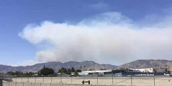 A fast-growing brush fire burns in Santa Clarita, Calif., Sunday, June 25, 2017 | AP