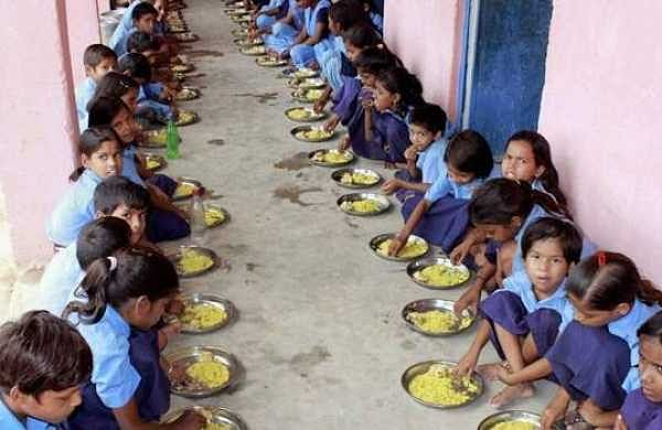 Aadhaar is required to get mid-day meals at government schools. Again, will the child not be given food, the only square meal she gets throughout the day. There are studies that show that in many cases, the mid-day meal is the sole reason, children from poor households are sent to school at all. (File  PTI)