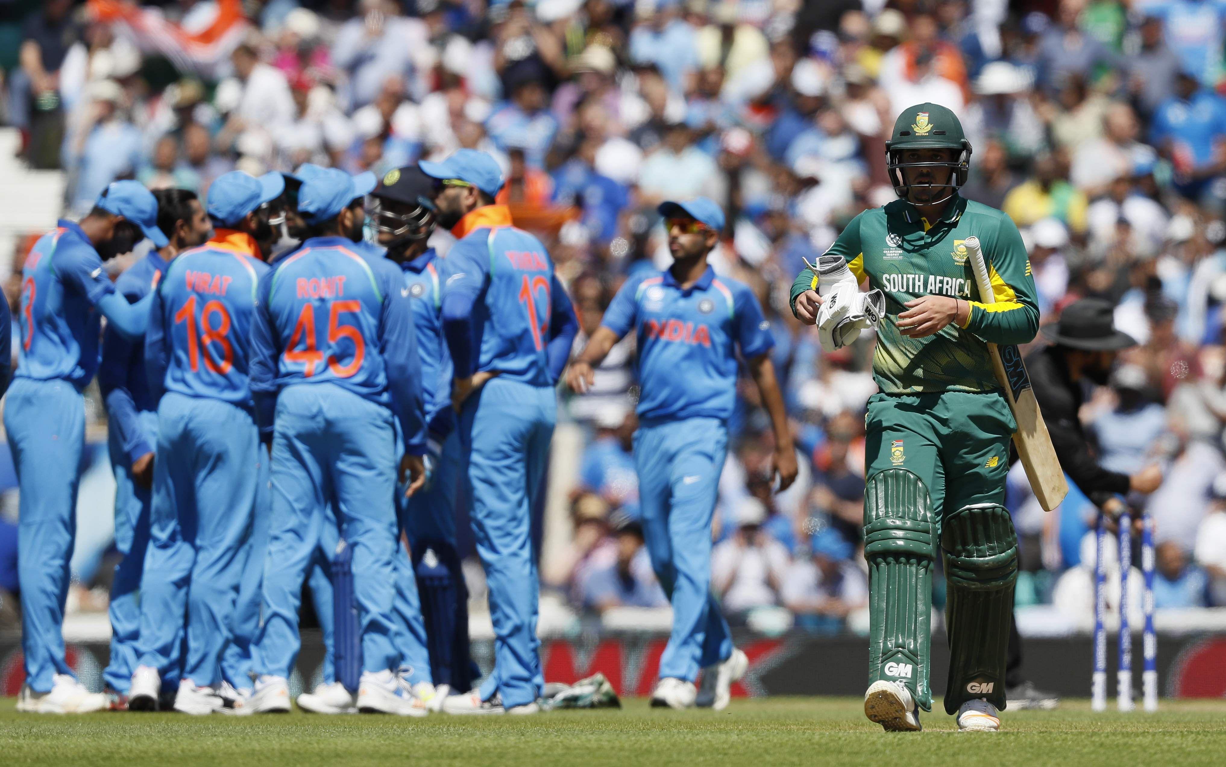 Quit ODI captaincy, Smith advises ABD