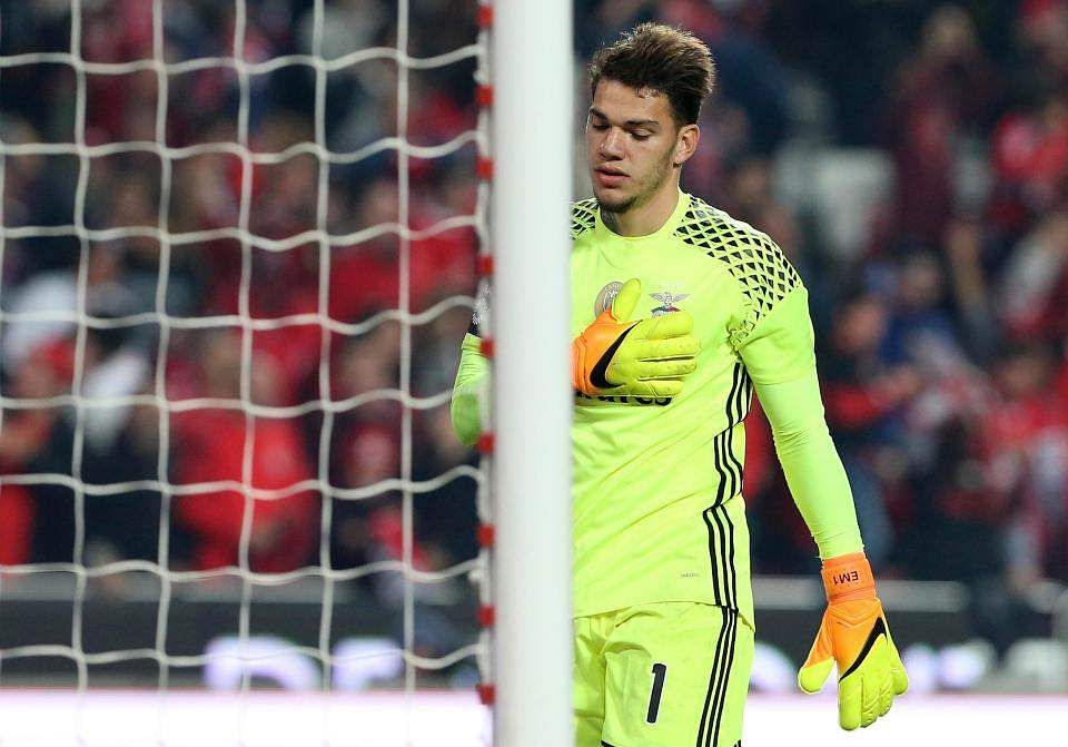 Ederson : Manchester City complete move for Brazilian goalkeeper