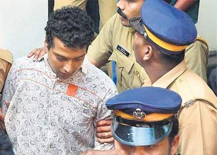 Pulsar Suni first telephoned Nadhirshah from jail