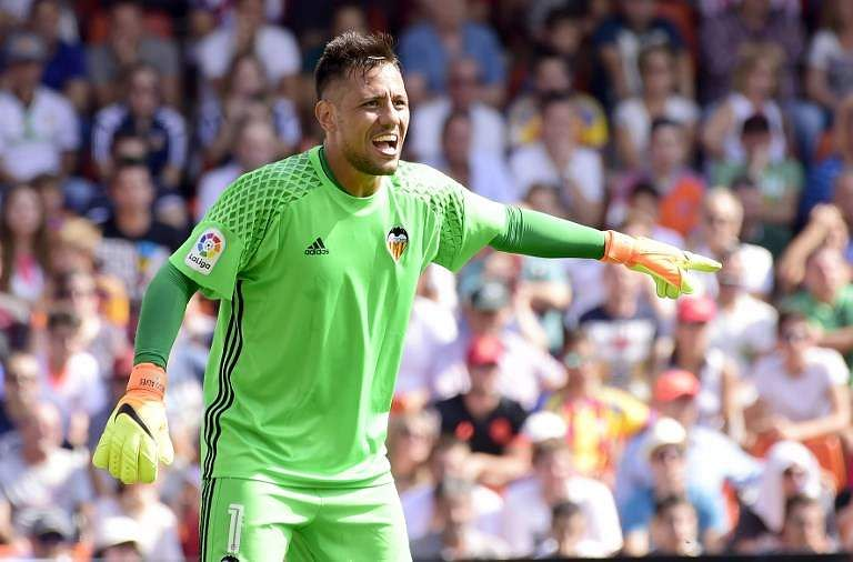 Valencia goalkeeper Diego Alves (File | AFP)