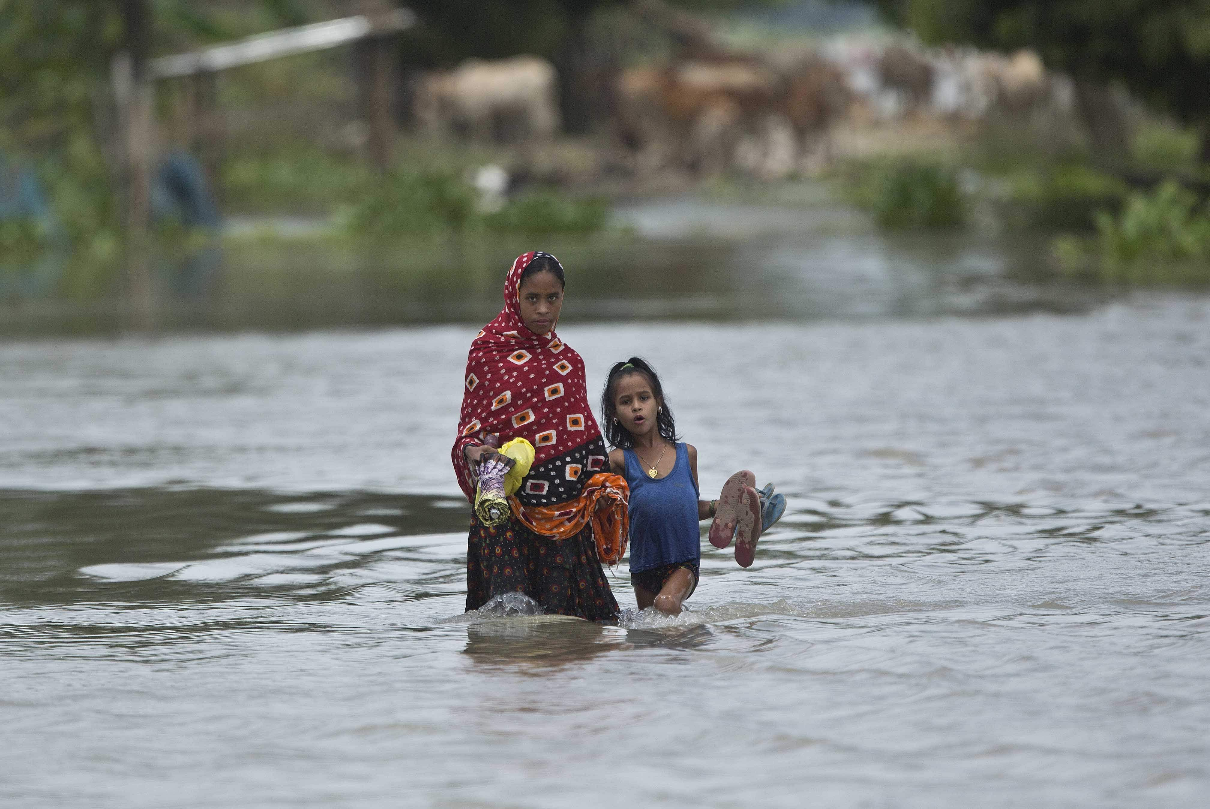 Flood affecting more than 21 districts in Assam