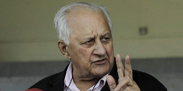 Sources in the Board said that they could not send any notice or chargesheet to the two players without first confirming if they were involved in any way with breaches of the PCB's anti-corruption code.