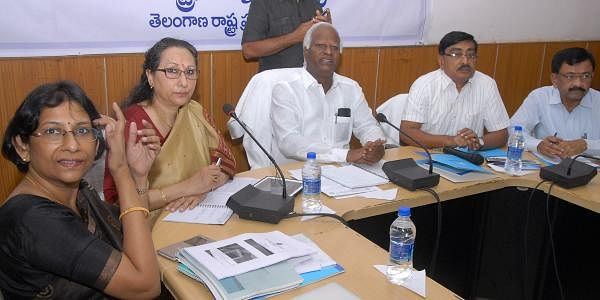 Deputy chief minister and education minister Kadiyam Srihari at a meeting with vice-chancellors and  registrars  of all state-run universities in Hyderabad on  Saturday.   A Suresh Kumar  EPS