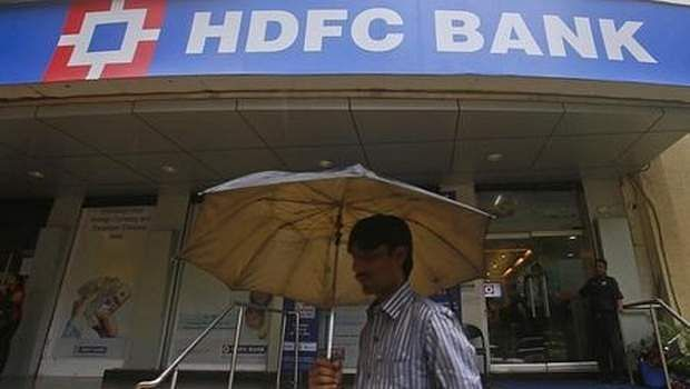 HDFC Life to go ahead with IPO, merger with Max Life uncertain