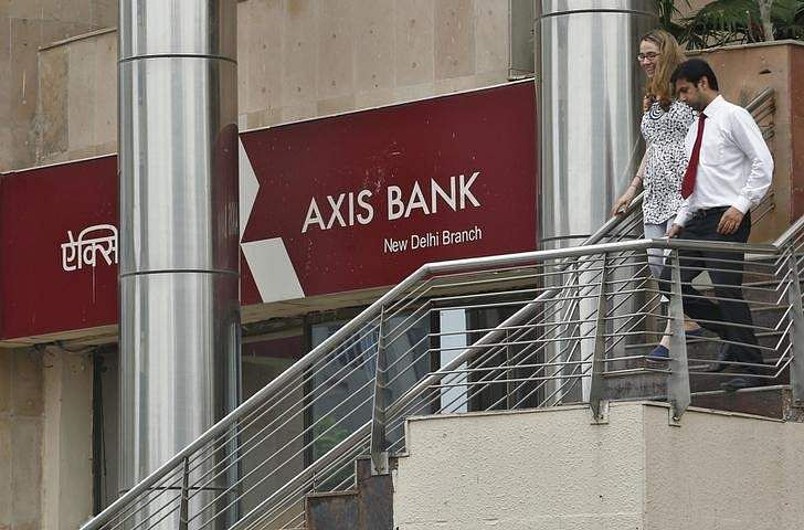 Axis Bank profit drops 16% in Q1 to Rs 1306 crore
