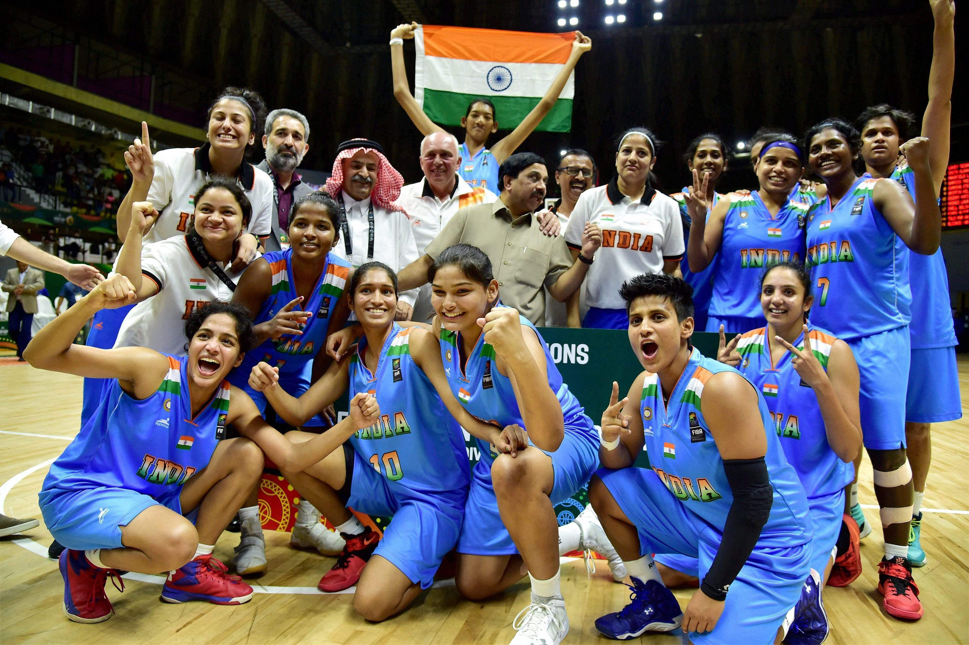 womens in india sports essays Short paragraph on women empowerment category: essays, paragraphs and articles on july 2, 2015  essay on women empowerment: its meaning and importance  its meaning and importance.