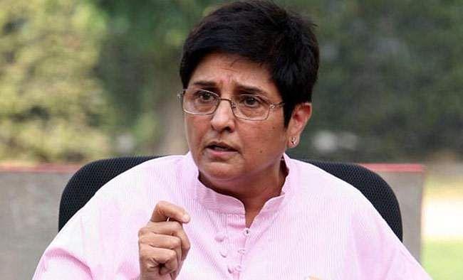 Pondicherry CM threatens to sue Kiran Bedi