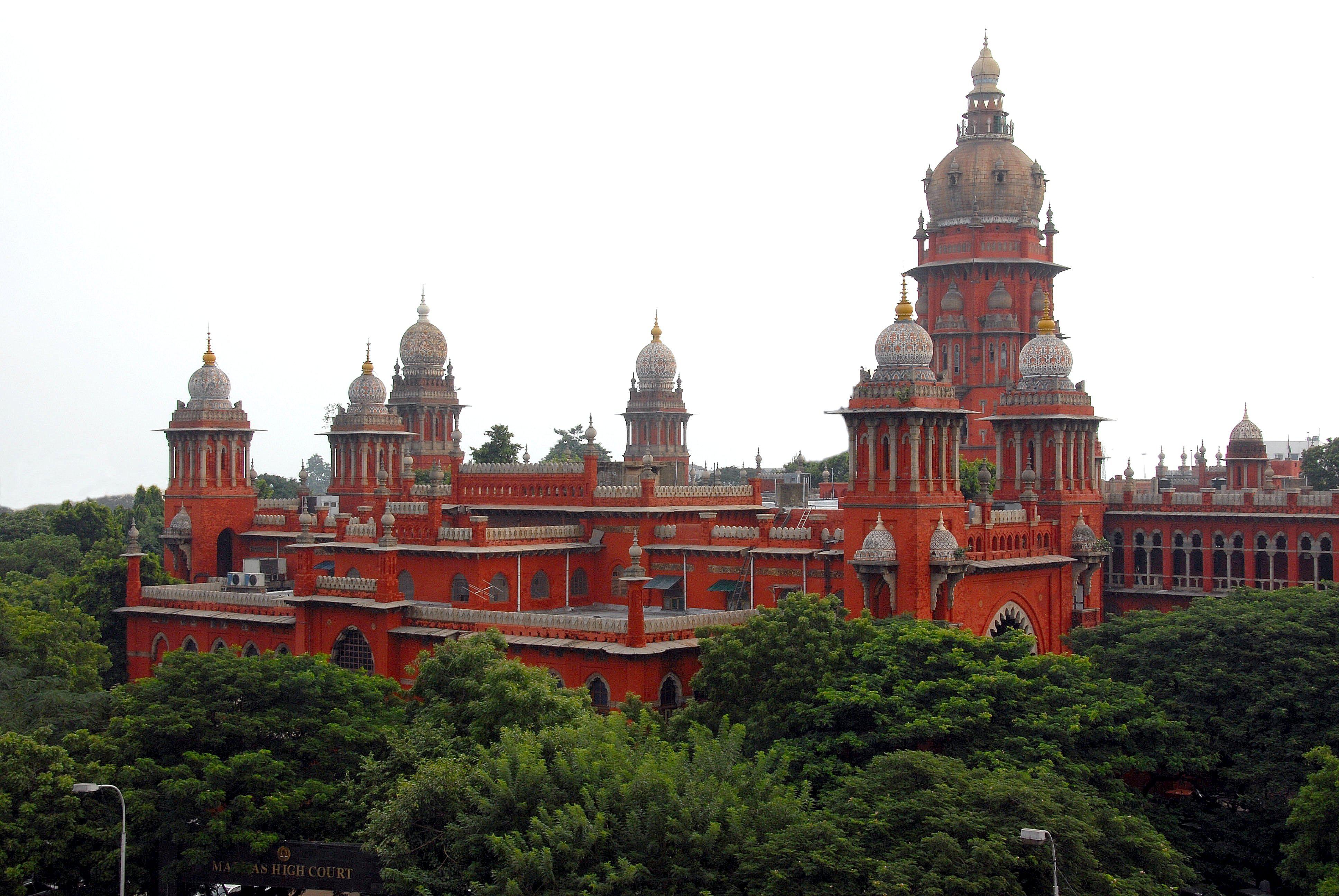Madras HC for CBI probe into gutkha scam