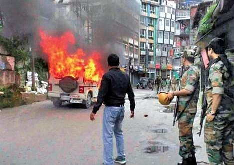 Darjeeling unrest: Rajnath Singh to meet GJM chief today