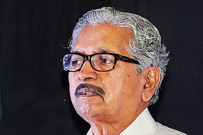 Maharashtra minister Subhash Desai offers resignation but Fadnavis declines it