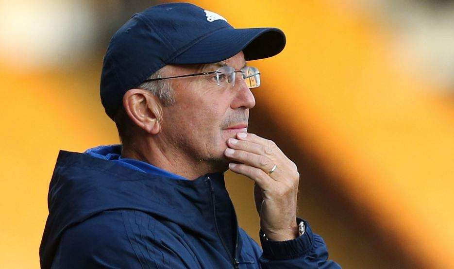 West Brom boss Tony Pulis signs contract extension until 2019