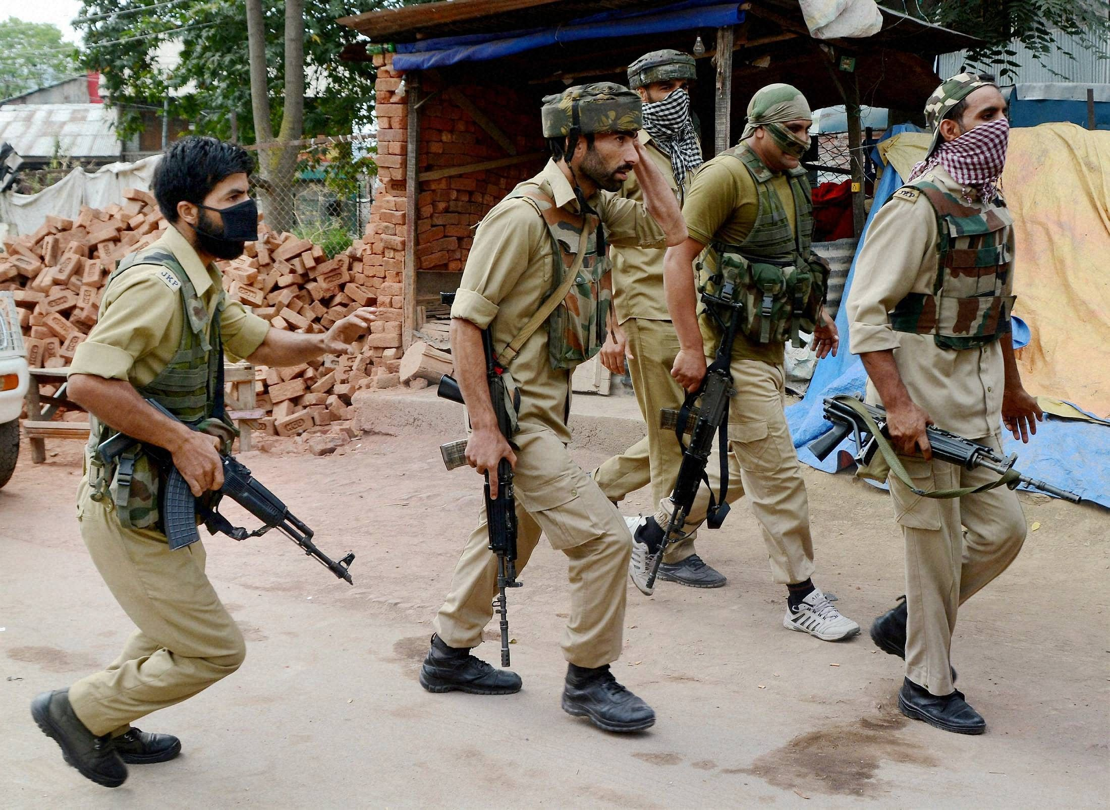 Five killed in J&K gunfight