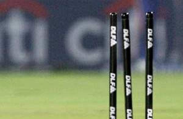 Yuvraj dropped; Ashwin, Jadeja rested for Sri Lanka ODIs