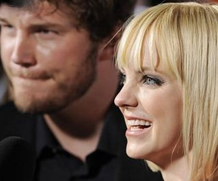 Anna Faris thanks podcast listeners in first comments since Chris Pratt split