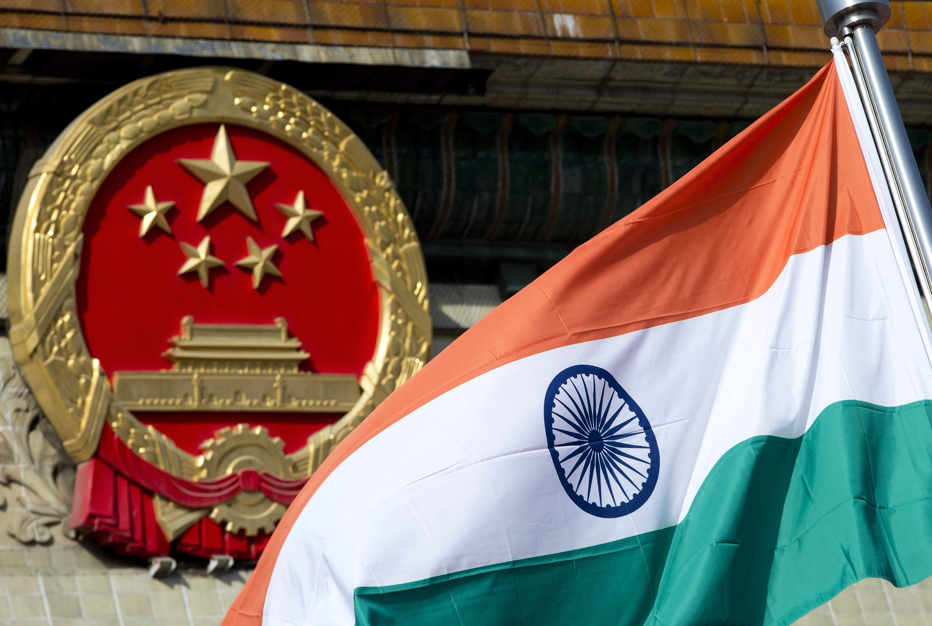 China, India soldiers hurl stones at 1 another in Kashmir