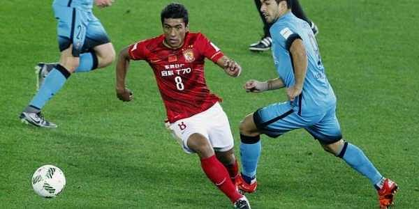 Paulinho said he regained confidence during his stint with Chinese club Guangzhou Evergrande. (File   AP)
